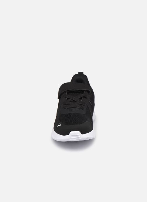 Sneaker Puma ANZARUN schwarz schuhe getragen
