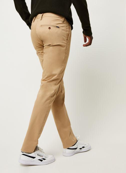 Vêtements GANT Slim Twill Chinos Vert vue portées chaussures