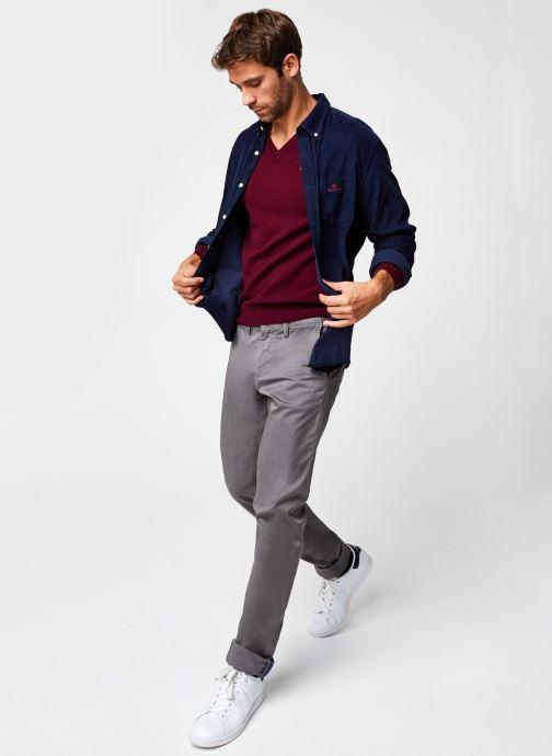 Vêtements GANT Slim Twill Chinos Gris vue bas / vue portée sac