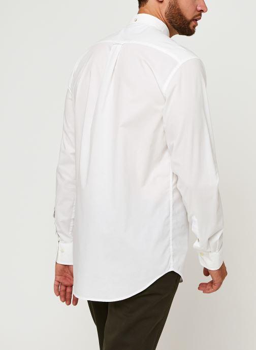 Vêtements GANT Reg Broadcloth Bd Blanc vue portées chaussures