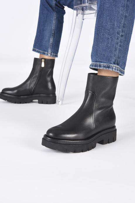 Stiefeletten & Boots Santoni ERIN schwarz ansicht von unten / tasche getragen