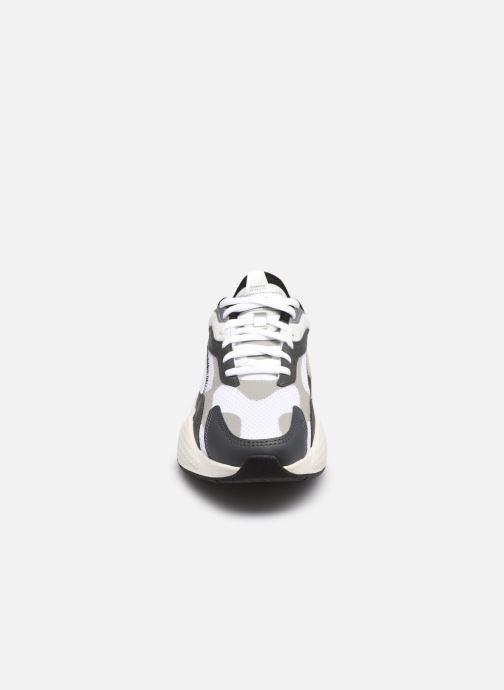 Baskets Puma RS-X3 00 OG M Blanc vue portées chaussures