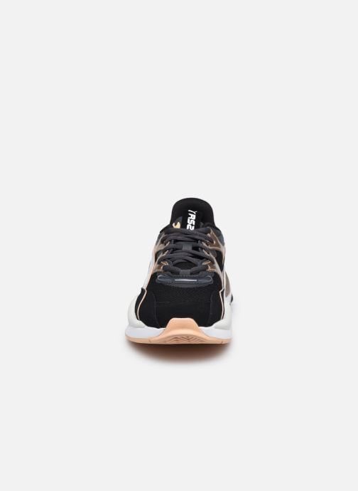 Sneakers Puma RS-2K Soft Metal Wn's Nero modello indossato