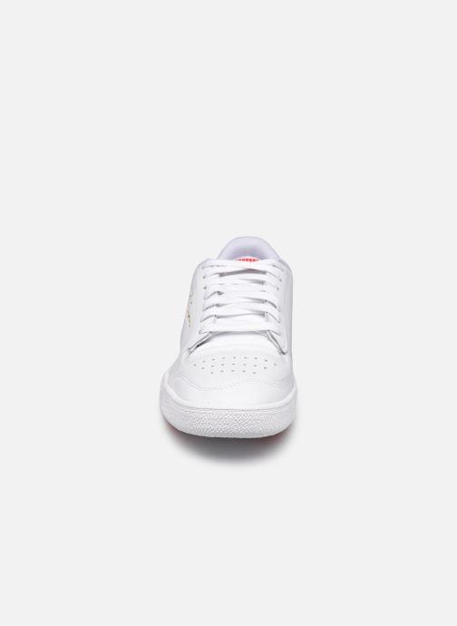 Sneakers Puma Ralph Sampson Lo Perf Brushed Bianco modello indossato