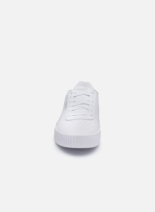 Baskets Puma Carina L Blanc vue portées chaussures