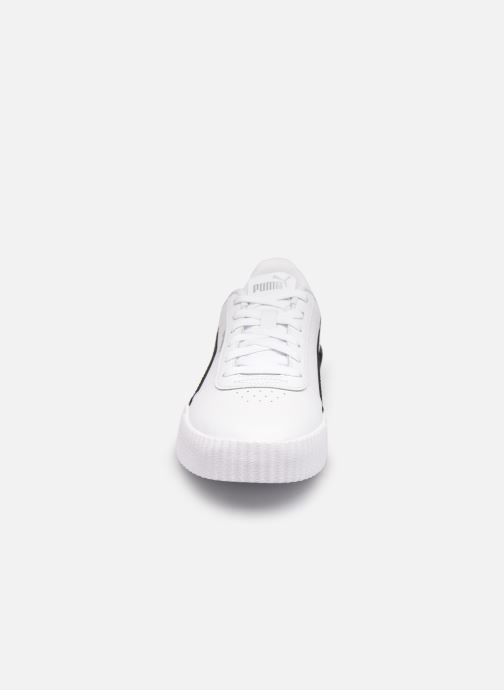 Sneakers Puma Carina L Bianco modello indossato