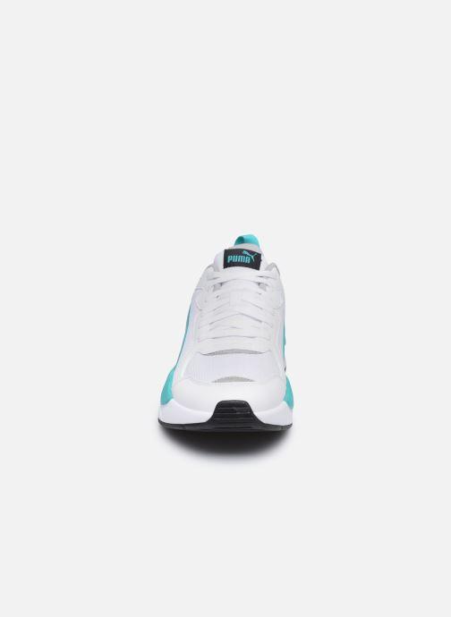 Sneakers Puma Motorsport Bianco modello indossato