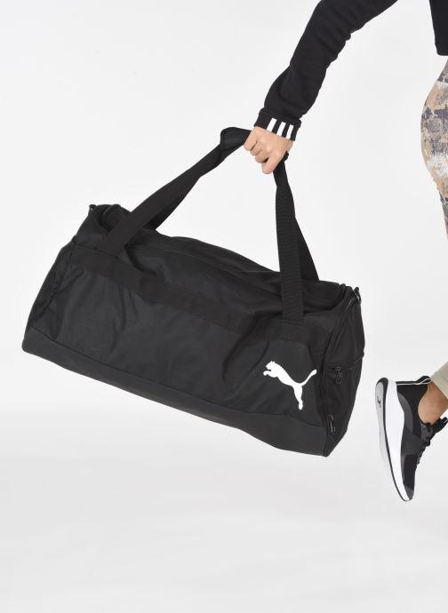 Bolsas de deporte Puma Goal Medium Bag Negro vista de abajo