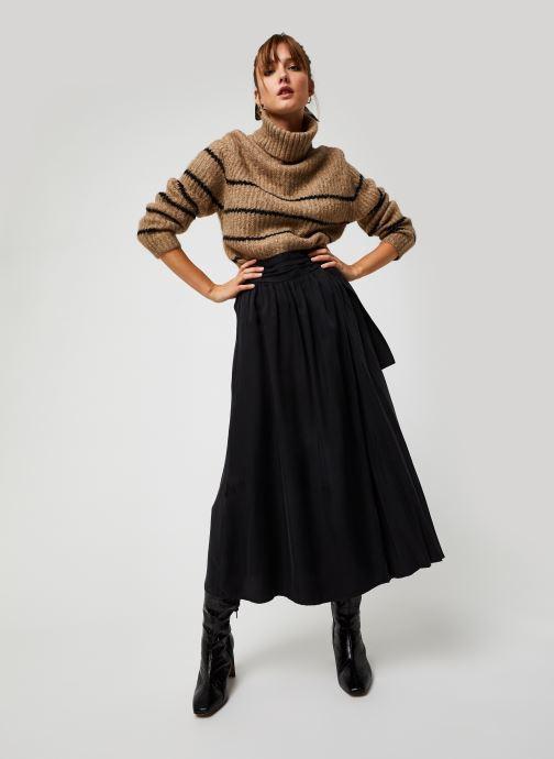 Vêtements The Korner 20239021 Noir vue bas / vue portée sac