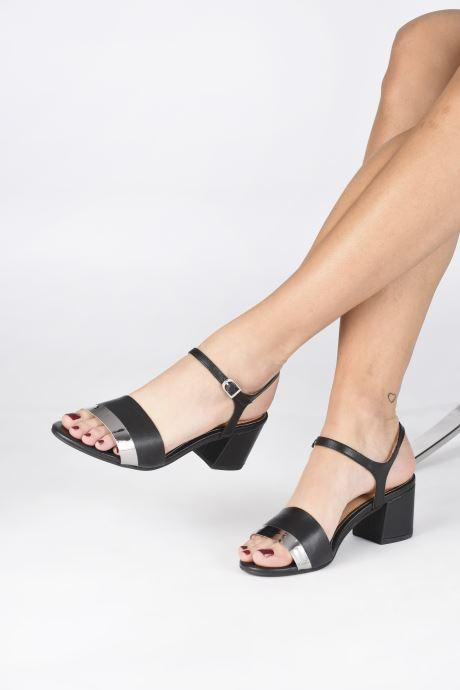 Sandales et nu-pieds Gioseppo ERICEIRA Noir vue bas / vue portée sac