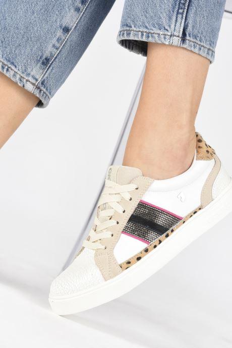 Sneaker Gioseppo RENDEUX weiß ansicht von unten / tasche getragen