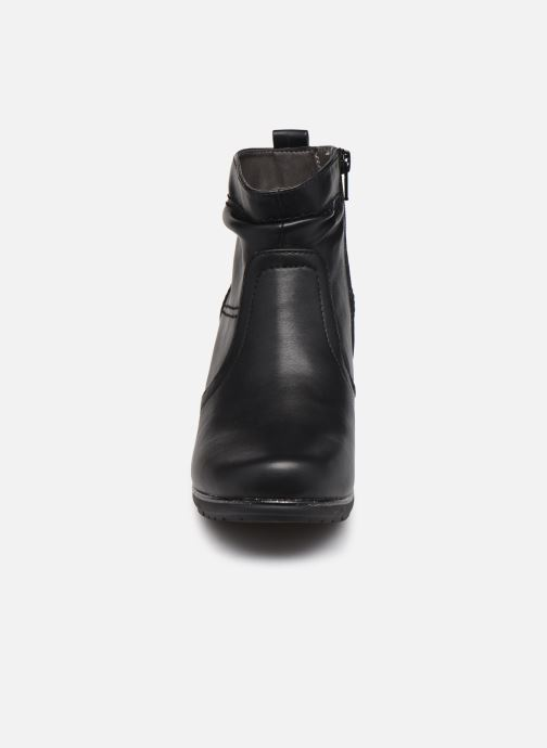 Botines  Jana shoes Greta Negro vista del modelo