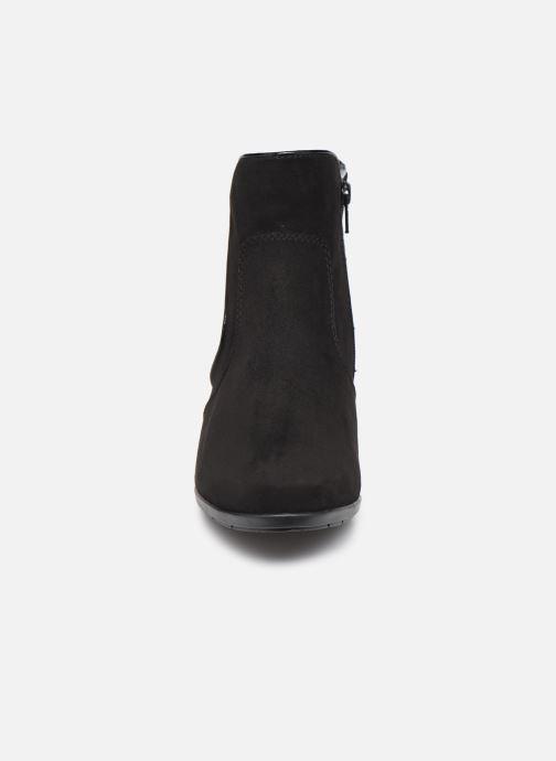 Stivaletti e tronchetti Jana shoes Dian Nero modello indossato