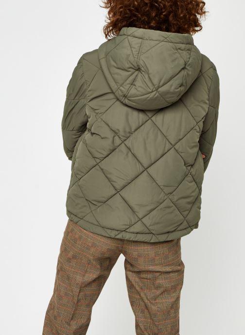 Vêtements Noisy May Nmfalcon Jacket Vert vue portées chaussures