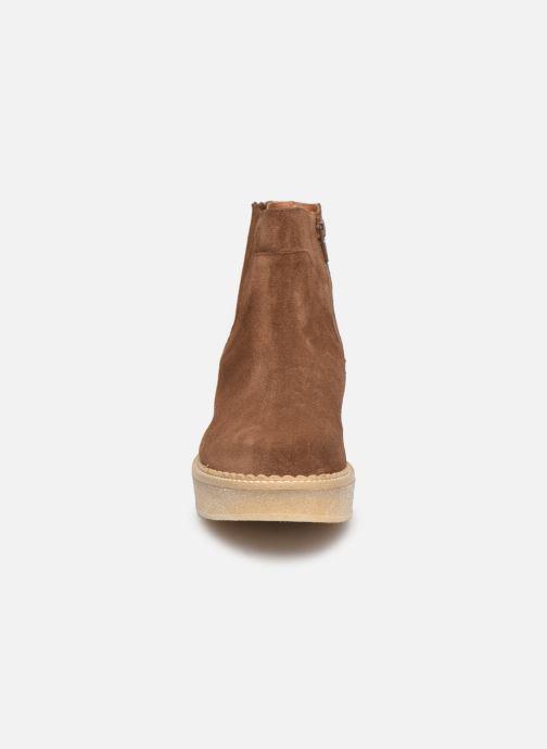 Bottines et boots Schmoove Woman Pallas Zip Beetle   Suede Marron vue portées chaussures