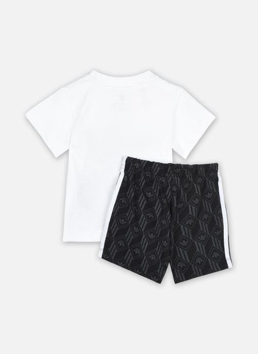 Vêtements adidas originals Short Set I Noir vue portées chaussures