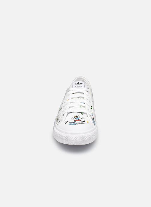 Sneaker adidas originals Nizza J X Disney Sport Goofy weiß schuhe getragen