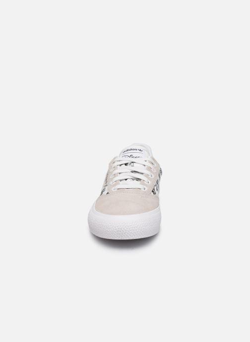 Sneaker adidas originals 3MC J X Disney Sport Goofy weiß schuhe getragen