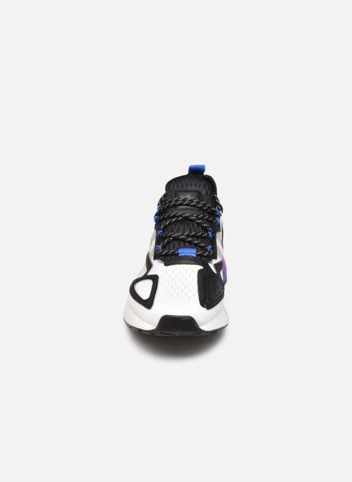Sneaker adidas originals Zx 2K Boost J weiß schuhe getragen