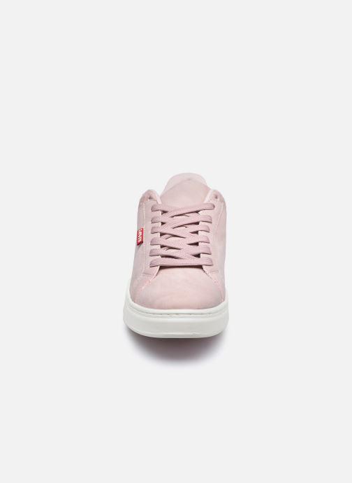 Baskets Levi's Caples W Rose vue portées chaussures
