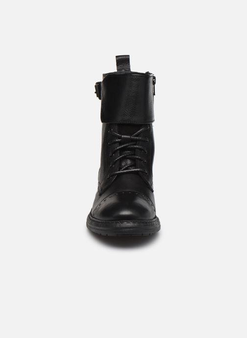 Bottines et boots Levi's SLY STUDS II Noir vue portées chaussures