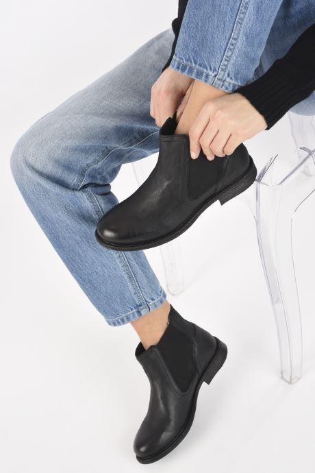 Bottines et boots Levi's MAINE W CHELSEA II Noir vue bas / vue portée sac