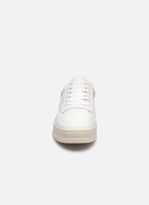 Sneaker Levi's Silverwood S weiß schuhe getragen