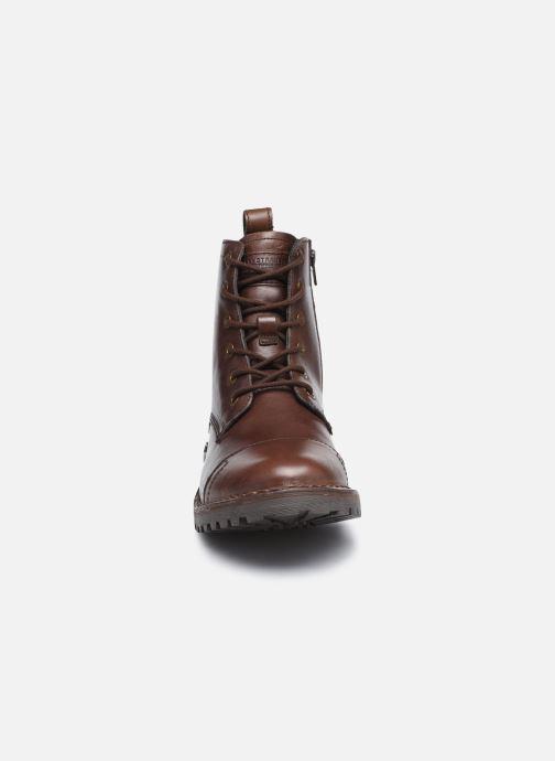 Bottines et boots Levi's Tracker Marron vue portées chaussures