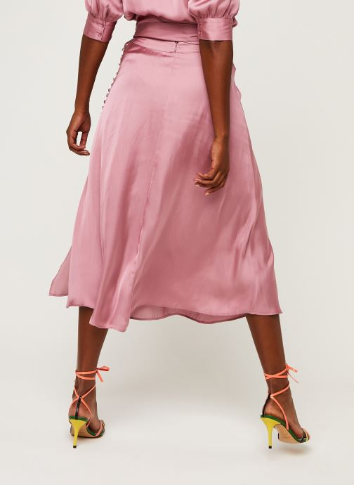 Vêtements Essentiel Antwerp Woord Rose vue portées chaussures