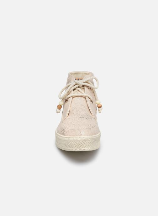 Sneakers Armistice Sonar Mid W Eden Beige modello indossato