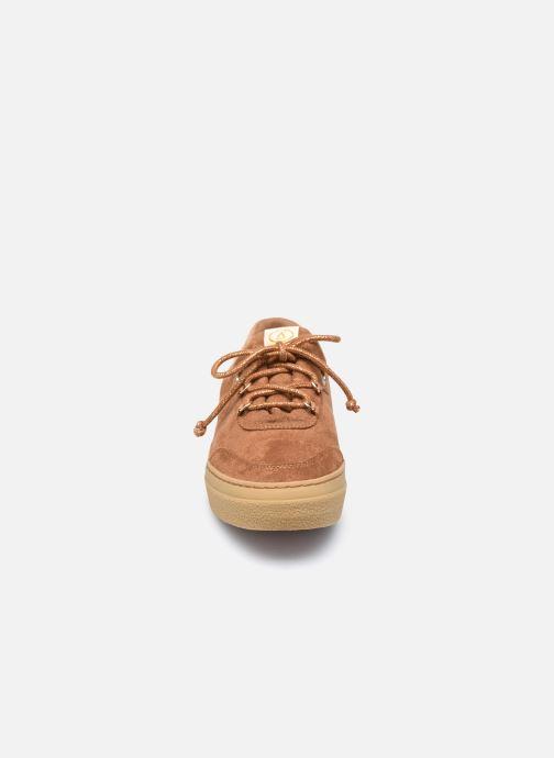 Baskets Armistice Onyx One W Picawa Marron vue portées chaussures