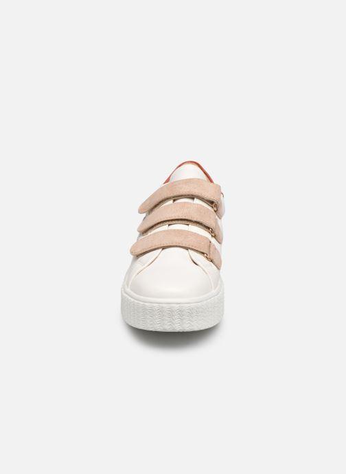 Baskets Vanessa Wu BK2183 Beige vue portées chaussures