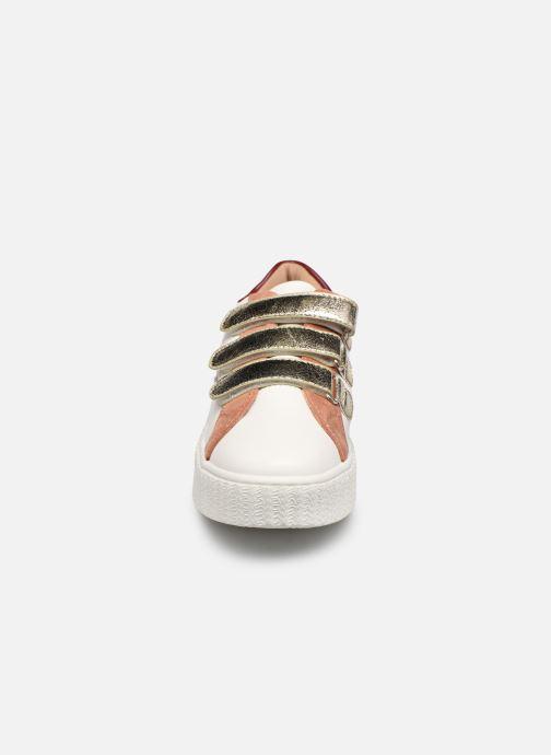 Baskets Vanessa Wu BK2183 Or et bronze vue portées chaussures