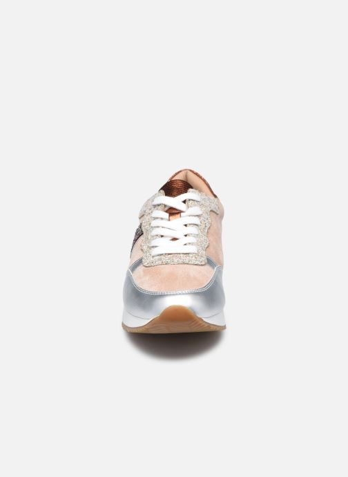 Baskets Vanessa Wu BK2161 Multicolore vue portées chaussures