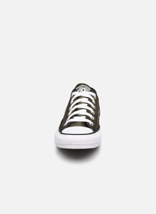 Baskets Converse Chuck Taylor All Star Industrial Glam Ox Argent vue portées chaussures