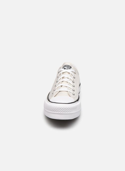 Baskets Converse Chuck Taylor All Star Lift Industrial Glam Ox Argent vue portées chaussures