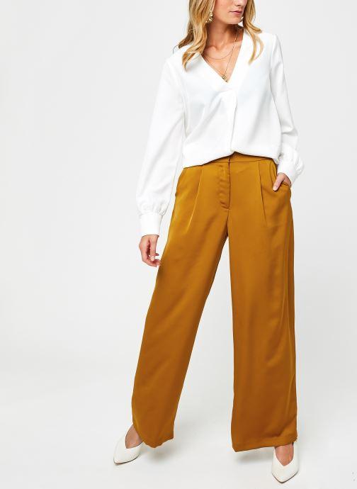 Vêtements OBJECT Objeileen V-Neck Top Blanc vue bas / vue portée sac