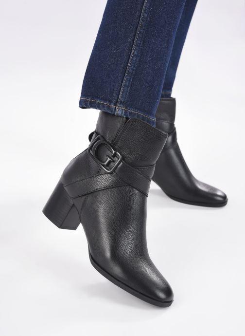 Bottines et boots Guess FL8PAT LEA10 Noir vue bas / vue portée sac