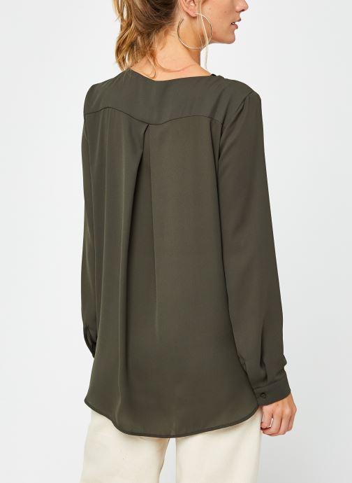 Vêtements Vila Vilucy Shirt Vert vue portées chaussures