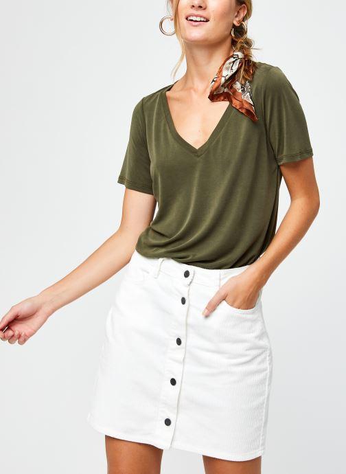 Vêtements Vila Vimodala V-Neck T-Shirt Vert vue détail/paire