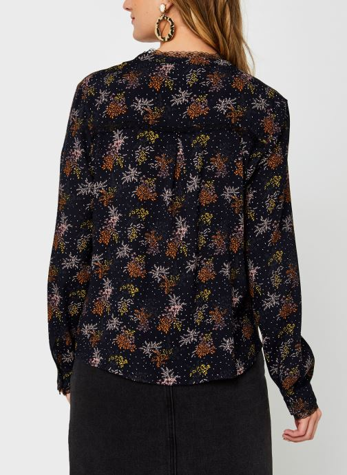Vêtements Vila Viborine Lace Shirt Nattin Noir vue portées chaussures