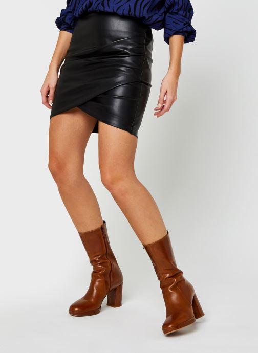 Vêtements Vila Vipen Coated Wrap Skirt Noir vue détail/paire