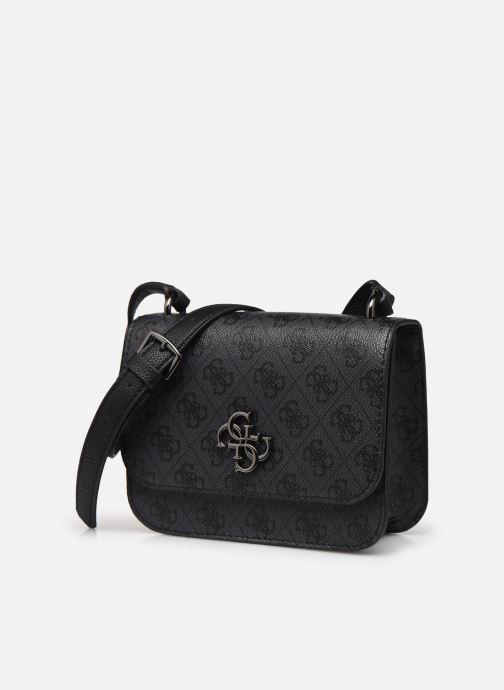 Bolsos de mano Guess NOELLE MINI CROSSBODY FLAP Negro vista del modelo