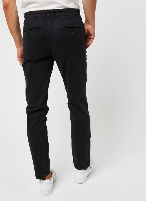 Vêtements Selected Homme Slhstraight-Newparis Flex Pants W Noos Noir vue portées chaussures