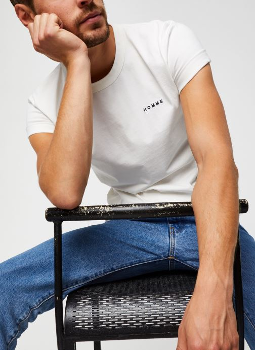 Vêtements Selected Homme Slhnicki Emb Ss O-Neck Tee W Blanc vue détail/paire