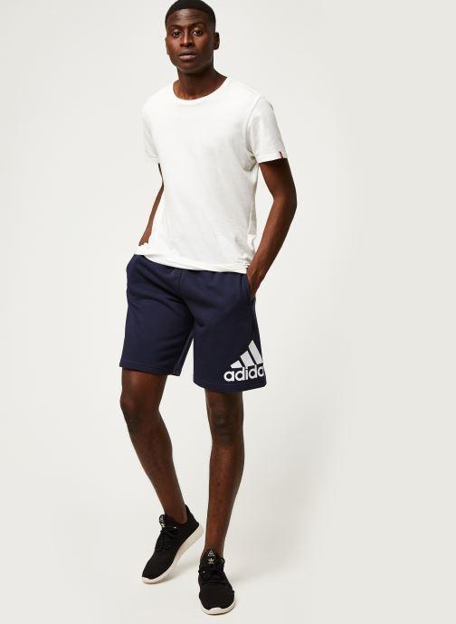 Vêtements adidas performance M Mh Bosshortft Bleu vue bas / vue portée sac