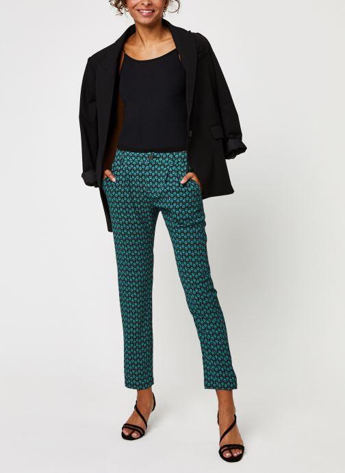 Vêtements IKKS Women Pantalon Br22145 Vert vue bas / vue portée sac