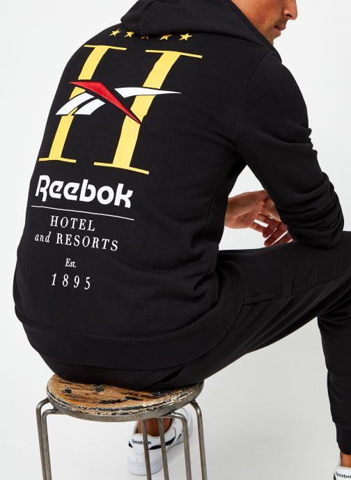 Vêtements Reebok Cl Gp Hotel Hoodie Noir vue détail/paire