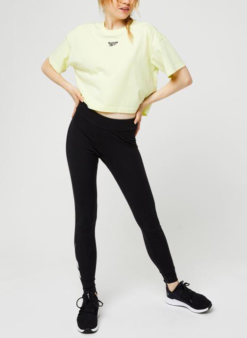 Vêtements Reebok Cl F Vector Legging Noir vue bas / vue portée sac