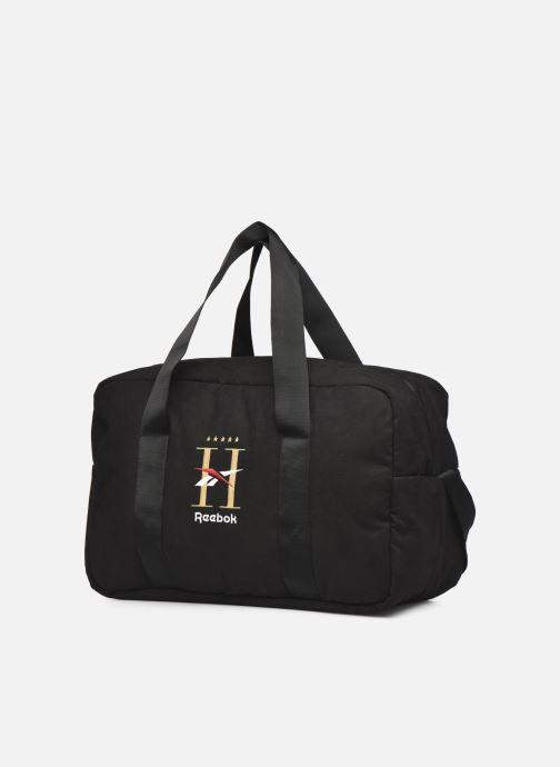 Bagagli Reebok Cl Hotel Grip Nero modello indossato